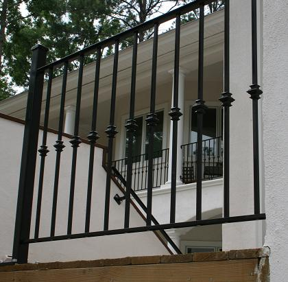 Iron Hand Rail W Square Knuckles
